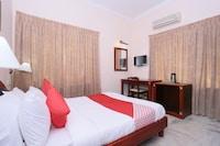 OYO 24157 Karthika Residency