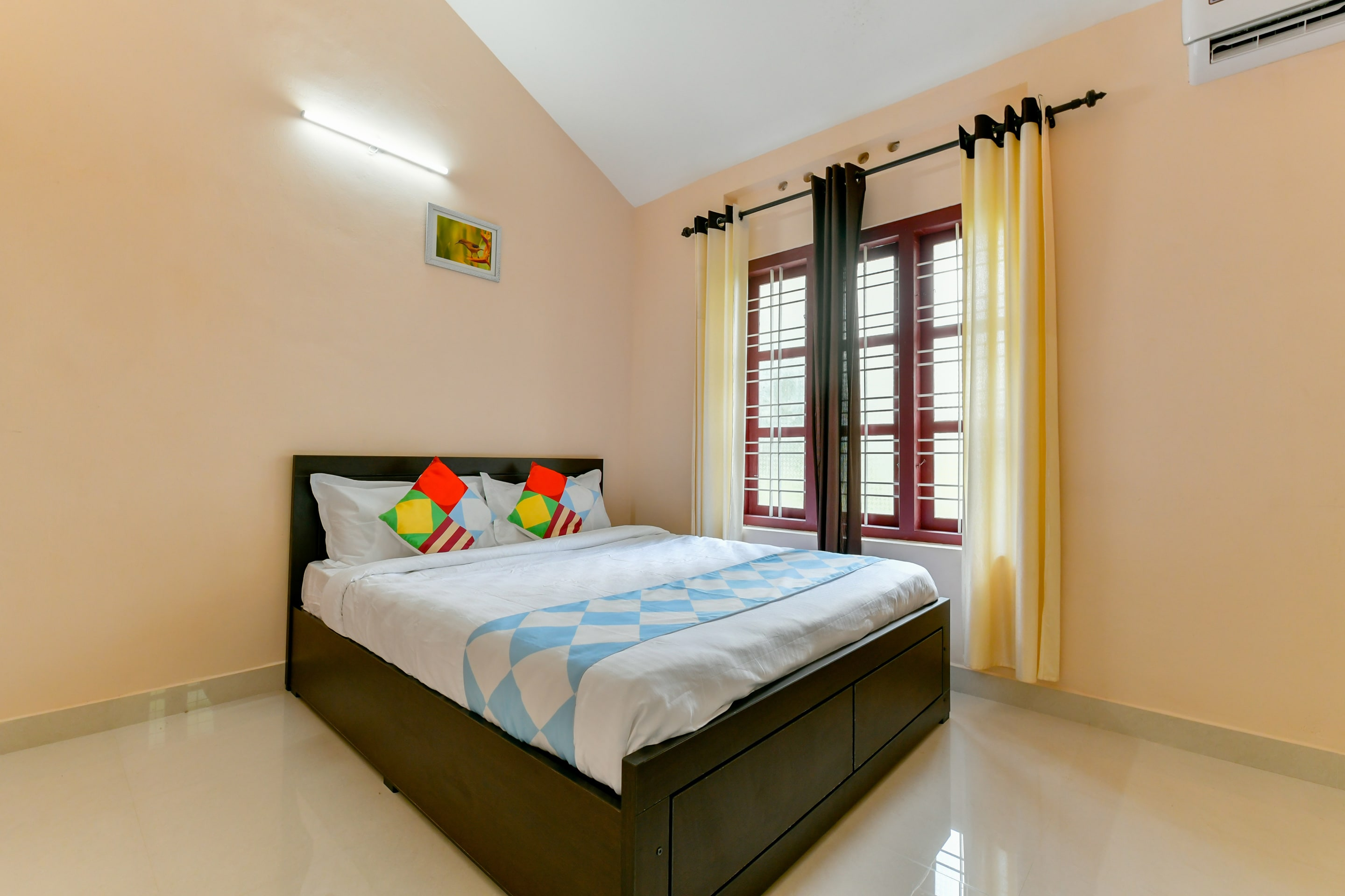 OYO Home 24165 Cozy Stay 3BHK