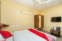 OYO 24169 Hotel Aiswariyam