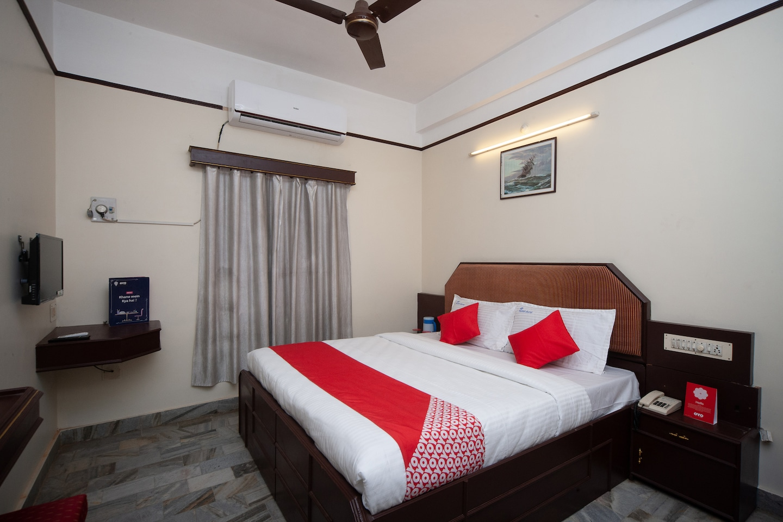 OYO 24191 Hotel Durai -1