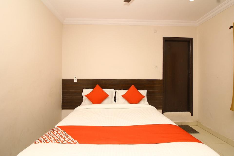 OYO 24204 Nav Bharath Residency