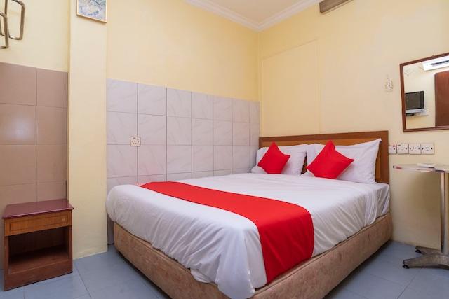 OYO 536 Fully Hotel Johor Jaya