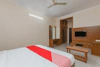 OYO 24264 Monisha Residency