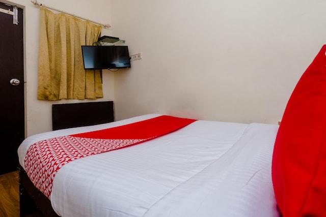 OYO 24275 Hotel Balaji Saver