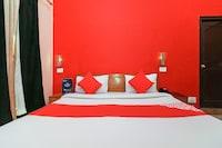 OYO 24340 Hotel Laxmi Palace Saver