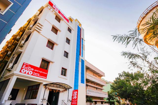 OYO Flagship 24397 Hotel 9 Star Shamshabad