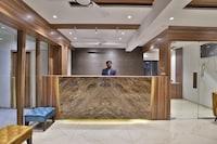 OYO 24411 Hotel Privya