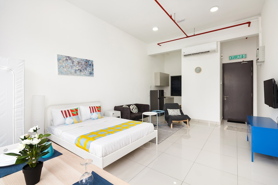 OYO Home 550 Spacious Studio 3Towers