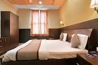OYO 576 Hotel Silverline
