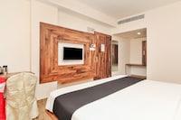 Capital O 24450 Hotel Surabhi
