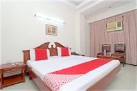 OYO 24483 Hotel Plaza