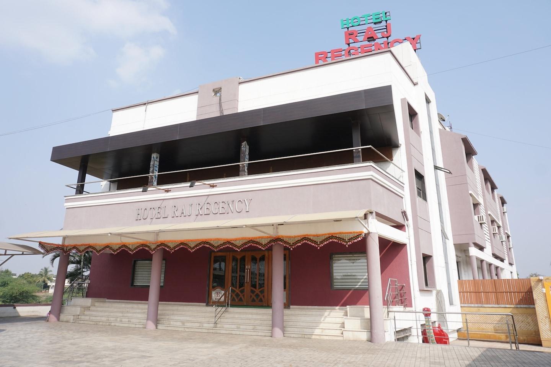 OYO 24487 Hotel Raj Regency -1