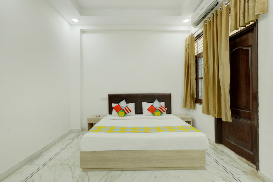 OYO Home 24492 Hill View 2BHK