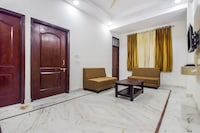 OYO Home 24493 Graceful 1BHK