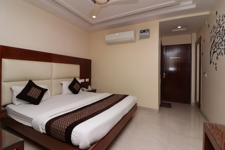 OYO 3196 Hotel Sapphire New Delhi Railway Station -1