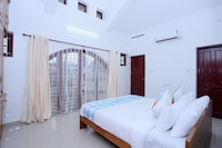OYO 24558 Spacious Stay Near Thiruvananthapuram Central Station