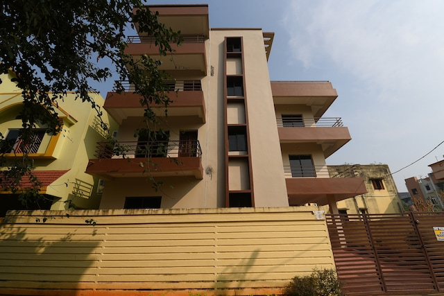 OYO 24567 Home Elegant Stay Near CET Campus