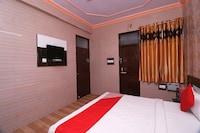 OYO 24585 Pr Palace