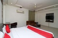 OYO 24614 Vishwas Residency Deluxe