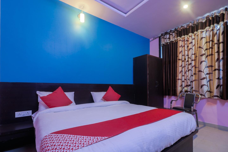 OYO 24615 Hotel Shivam Palace -1