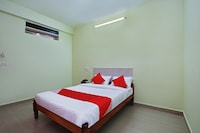 OYO 24623 Chetana Residency