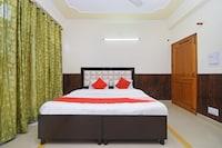 OYO 24634 Kasauli Pinegrooves Inn