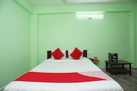 OYO 24642 Manorama Guest House