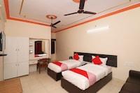 OYO 24654 Hotel Buddha Suite