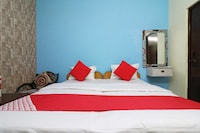 OYO 24670 Hotel Taj Villa & Restaurant
