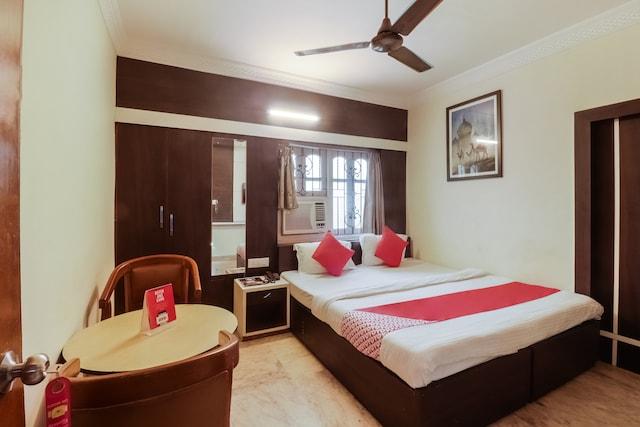 OYO 24671 Hotel Park Inn