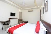 OYO 24707 Comfort Inn