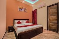 OYO 24743 Janak Residency
