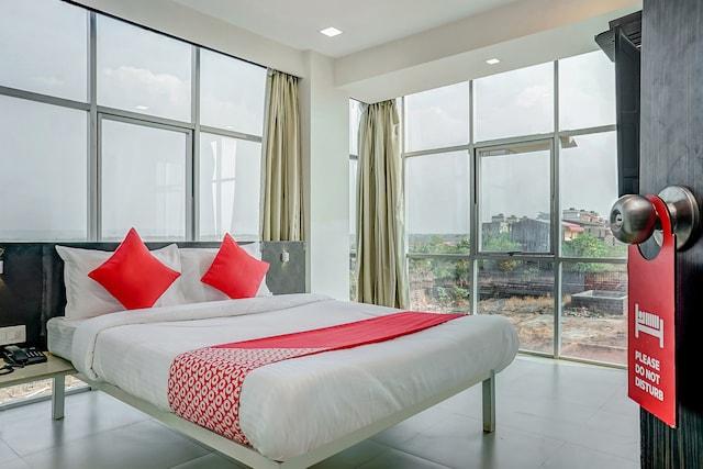 OYO 24792 Hotel Heramb