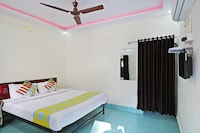 OYO Home 24803 Serene View Stay