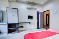 OYO 24838 Hotel Neelam Deluxe