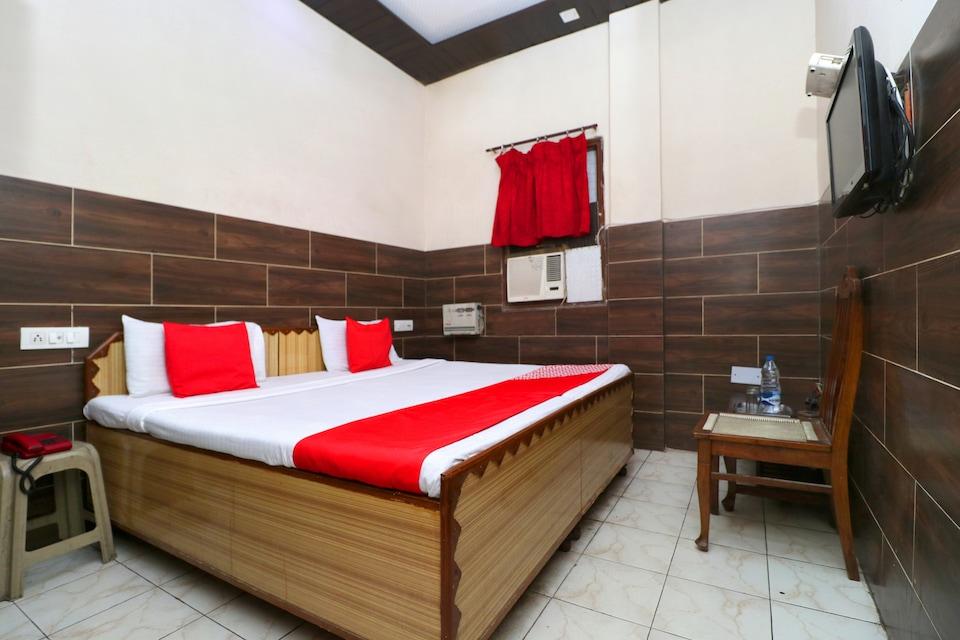OYO 24863 Suri Guest House