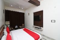 OYO 24879 Hotel Glad Tidings