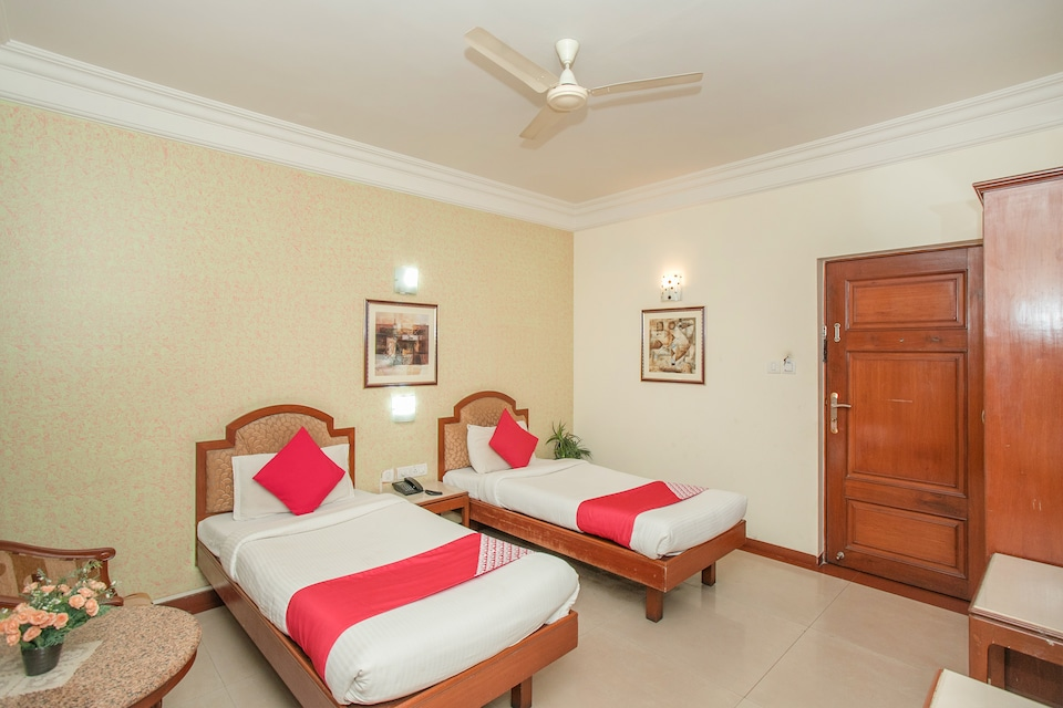 Oyo 579 Hotel Aab Oyo Rooms Bangalore Book At 1466 Oyo