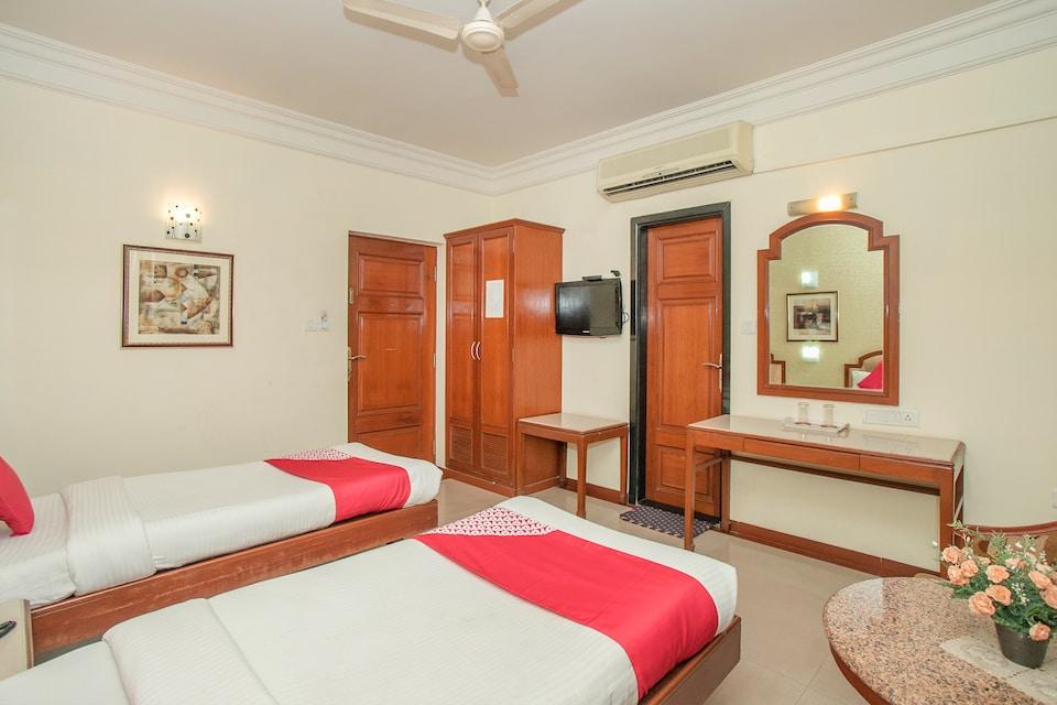 OYO 579 Hotel AAB