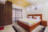 OYO Home 24911 Cosy 3BHK