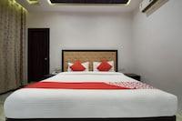 OYO 24923 Rani Palace