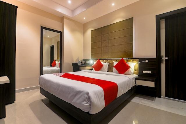 Capital O 24930 Aditya Residency