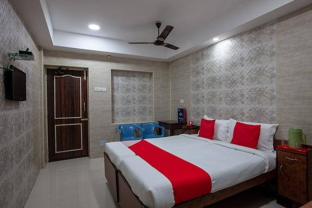 OYO 24963 Hotel Sudha Inn