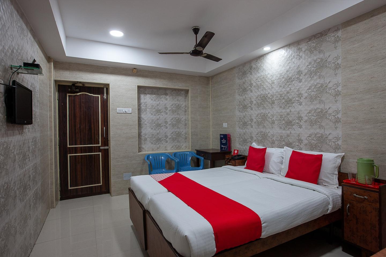 OYO 24963 Hotel Sudha Inn -1
