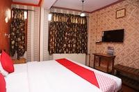OYO 24966 Grand Hotel & Restaurant