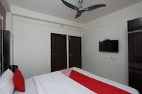 OYO 24978 Maryada Hotel Saver