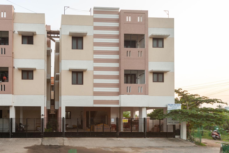 OYO 25021 Rajam Residency -1