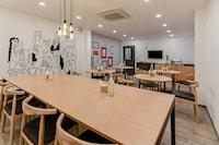 OYO Townhouse 096 Lohia Park