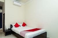 OYO 25071 Flagship Hotel Gayatri