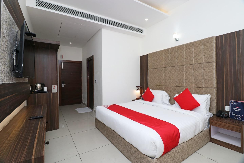 OYO 25076 Omang Hotel -1
